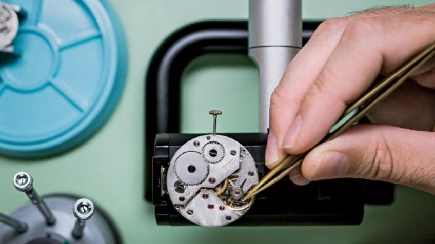 آموزش ساعت سازی در کیش بهین Watchmaking Courses
